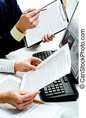 documenti, discutere