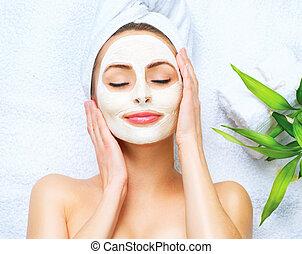 donna, applicare, maschera, detergente, facciale, terme