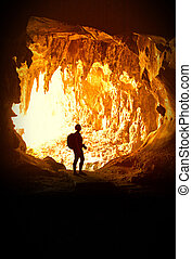 donna, caverna