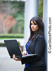 donna d'affari, laptop, indiano