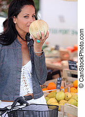 donna, frutta, acquisto, mercato