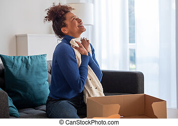 donna, giusto, shopping, nero, felice, articolo, consegnato, unboxing, casa, secondo