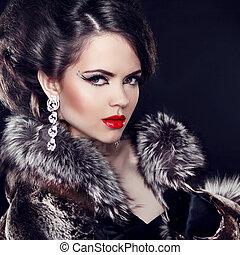 donna, lusso, moda, sopra, gioielleria, nero, il portare, cappotto, fondo., lady., elegante, bello, pelliccia