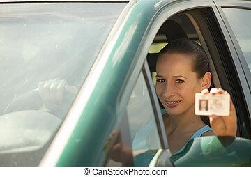 donna, patente guida, presa a terra
