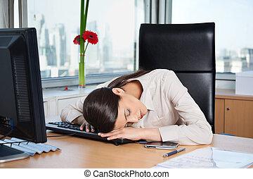 donna, ufficio, affari, stanco, in pausa, tastiera