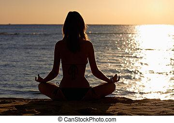 donna, yoga, loto, spiaggia, fronte, meditazione