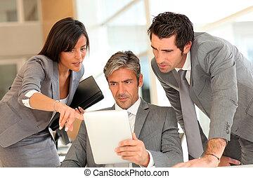 elettronico, riunione, affari, tavoletta