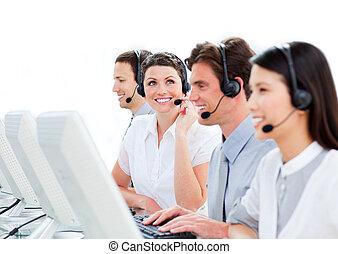 entusiasta, fondo, ritratto, centro, contro, lavorativo, chiamata, agenti, cliente, bianco, servizio
