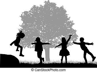 esterno., bambini giocando