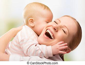 family., allegro, madre, bambino, baciare, felice