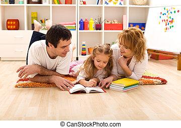 felice, stanza capretti, famiglia, lettura