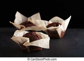 focaccine, sfondo nero, cioccolato