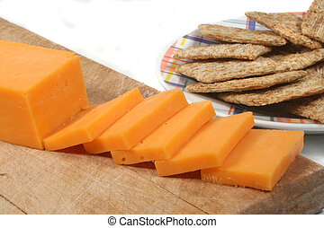 formaggio, cracker