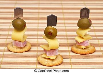 formaggio, prosciutto, canapes