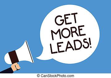 foto, seguaci, strategia, altoparlante, scrittura, nota, fondo., discorso, nuovo, megafono, bolla, più, blu, clienti, affari, ottenere, marketing, esposizione, leads., presa, grida, uomo, sguardo, clienti, showcasing