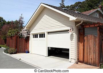 garage, aperto