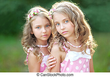 gemelli, piccole ragazze, due, ritratto