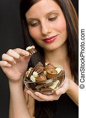 godere, donna, -, giovane, caramella, cioccolato, ritratto