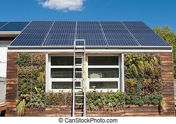 grigio, riparazione, scala, sistema, acqua, solare, sotto, casa