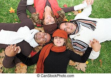 gruppo, persone, giovane, autunno, diverso, felice
