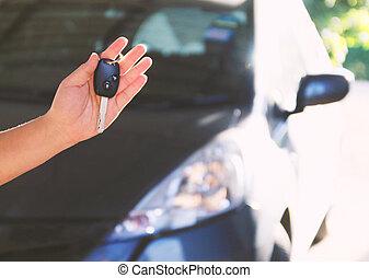 holding donna, chiavi, automobile., nuovo