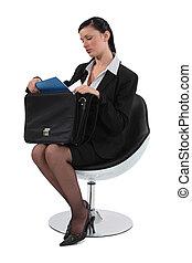 impiegato, sedia, far male, seduta