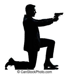 inginocchiandosi, silhouette, punteria, uomo, fucile