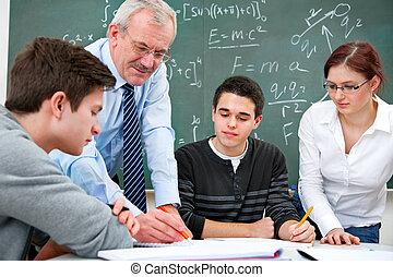 insegnante scuola, alto, studenti