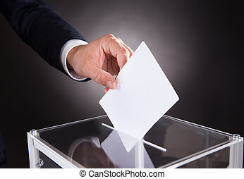 inserire, scatola, uomo affari, scheda elettorale, scrivania