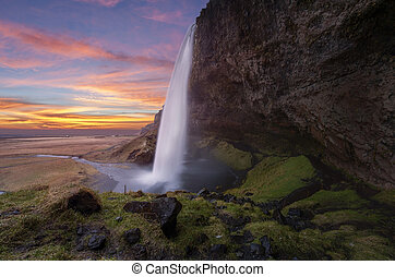 islanda, seljalandsfoss, cascate