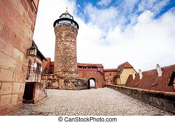 kaiserburg, nuremberg, interno, torre, iarda