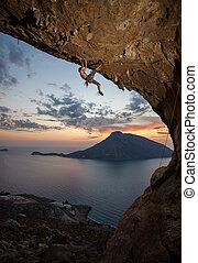 kalymnos, grecia, roccia, climber maschio, sunset.