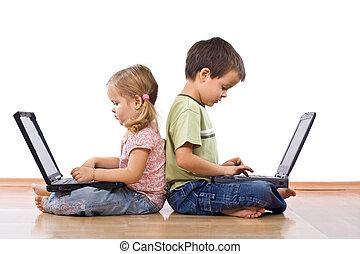 laptops, fratelli, usando