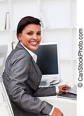 lavorativo, esecutivo, attraente, femmina, calcolare