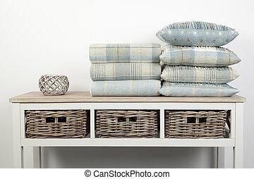 legno, tiri, vimine, bianco, cuscini, blu, stile, ornamenti, tavola, cesti, colorato, credenza