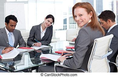 lei, squadra, sorridente, donna d'affari, riunione