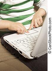 libro, usi, touchpad, giovane ragazzo, rete