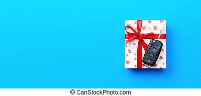 macchina rossa, blu, concetto, dare, cuore, colorato, nastro, arco, regalo, presente, vista., chiave, scatola, fondo, cima