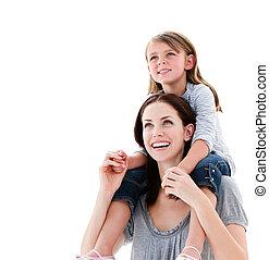 madre, spalle cavalcata, figlia, allegro, lei, dare