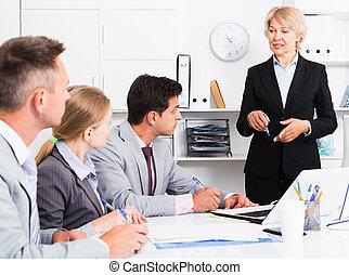 managers, riunione, capo, assemblea, femmina
