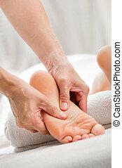 massaggio plantare