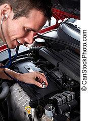 meccanico automobilistico