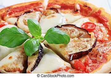 melanzana, pizza, formaggio