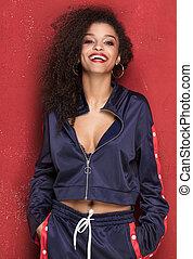 moda, giovane, sorridente, afro, ragazza, posing.