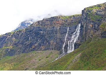 montagne, cascate