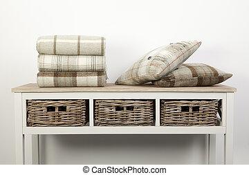 naturale, legno, tiri, vimine, bianco, cuscini, stile, tavola, cesti, colorato, credenza