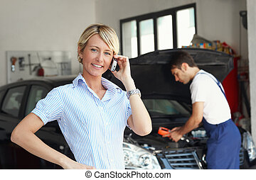 negozio, auto, donna, riparazione