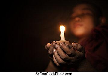 novizio, lume di candela