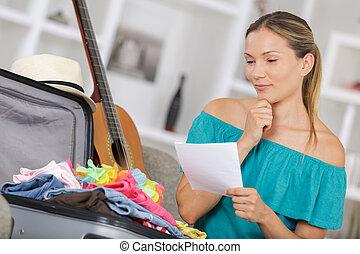 pacchi, valigia, donna, casualmente