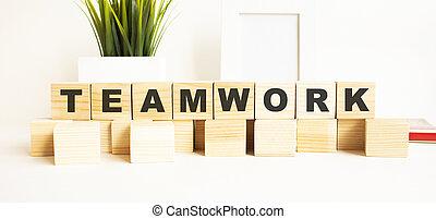 parola, legno, lettere, bianco, teamwork., cubi, tavola., fondo.